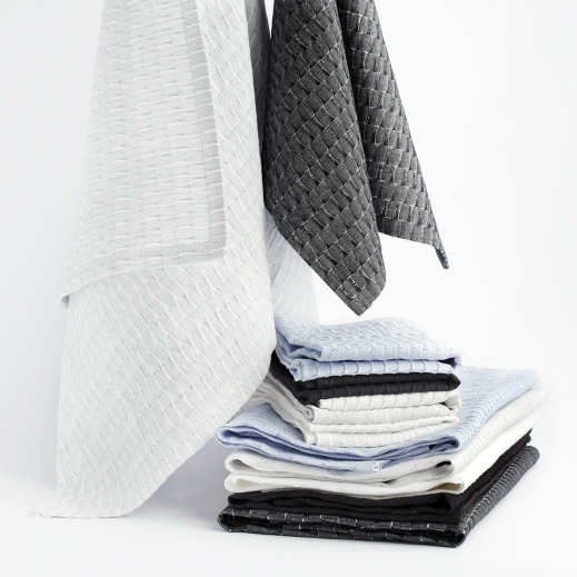 Light grey large towel; dark grey small towel